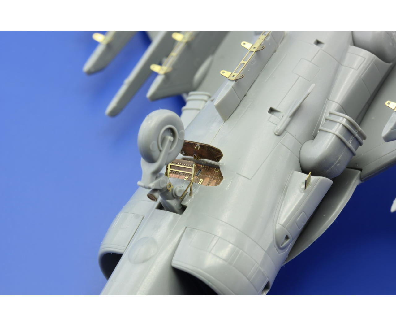 Eduard Zoom SS466 1//72 Revell Bae Harrier Gr.mk.7//Mk.9
