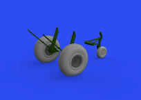 B-17 wheels cross tread 1/48