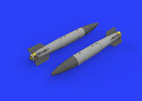 B43-1 Nuclear Weapon w/ SC43-4/-7 tail assembly 1/72