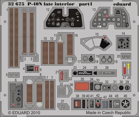 P-40N 後期型内装 接着剤塗布済 1/32  - 1