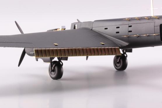 Whitley GR Mk.VII landing flaps 1/72  - 2