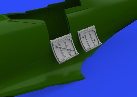 Spitfire Mk.VIII / IX cockpit door 1/48  - 3