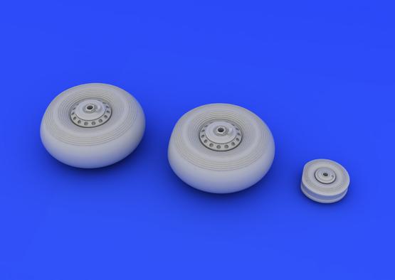 Lancaster wheels 1/72  - 3