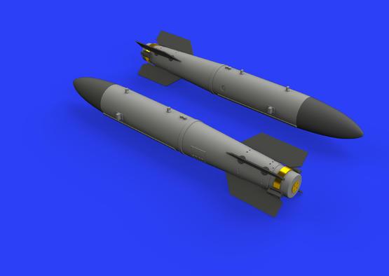 Атомная бомба B43-0 с хвостовой частью SC43-4/-7 1/72  - 3