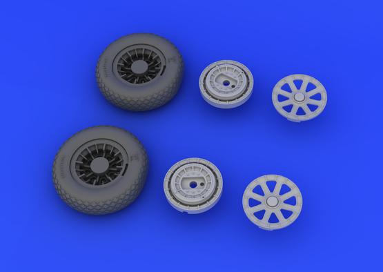 F4U-1 wheels 1/32  - 4