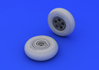Spitfire wheels - 5 spoke, smooth tire 1/48 - 4/4