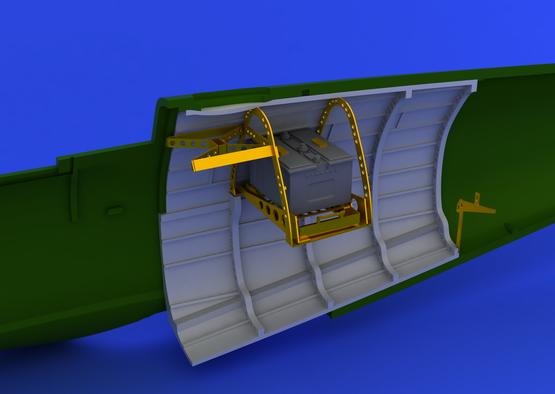 Spitfire Mk.V radio compartment  1/48 1/48  - 5