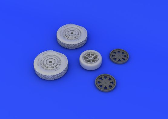 P-39 wheels late 1/48  - 5