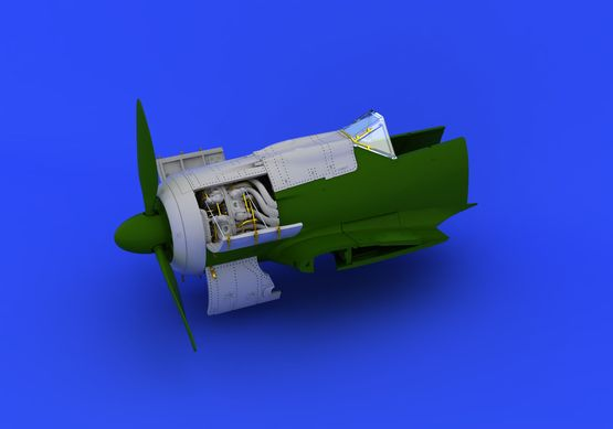 Fw 190A-8 engine 1/72  - 6